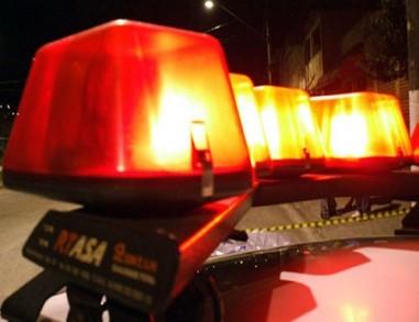 Motorista de lotação é morto a tiros e 2 passageiras são baleadas em Custódia